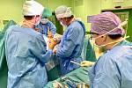 Lékaři Nemocnice Šumperk provedou ročně osm tisíc operací.