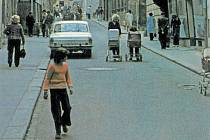 Snímek z centra Šumperku z přelomu 70. a 80. let 20. století.