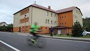 Základní škola ve Vápenné.