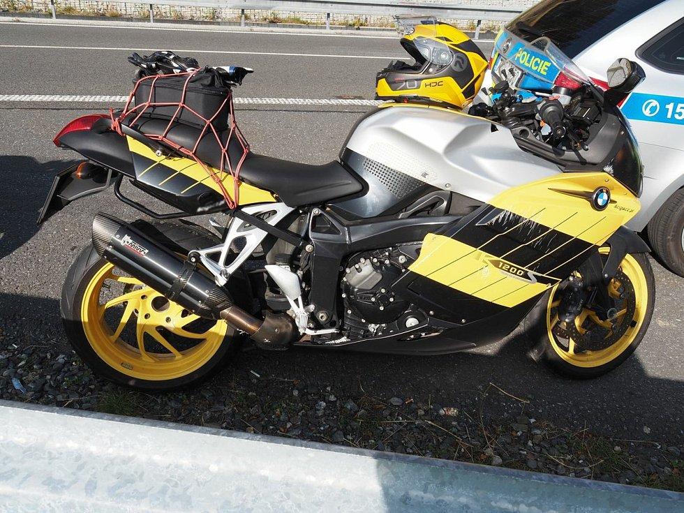 Nehoda motorkářů v neděli 20. září na Červenohorském sedle.