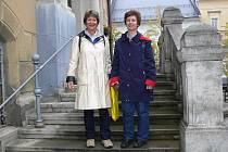Eve a Debby Sonnerovy 29. září 2010 při návštěvě šumperské radnice