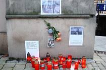 Z pietního místa u šumperského divadla někdo ukradl obraz exprezidenta Václava Havla