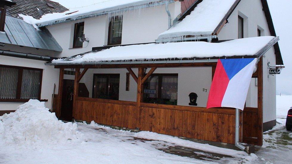 Volební místnost v penzionu Balnea v Chrasticích.
