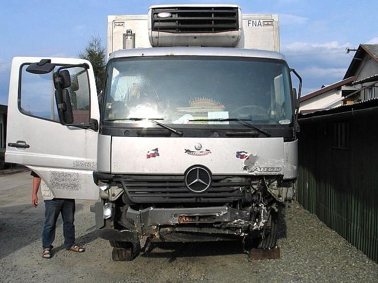 Nákladní vůz, který narazil do renaultu, ve kterém zahynul řidič