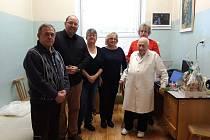 Lékař Stanislav Fritz odchází po více než padesáti letech služby v Javorníku do důchodu.