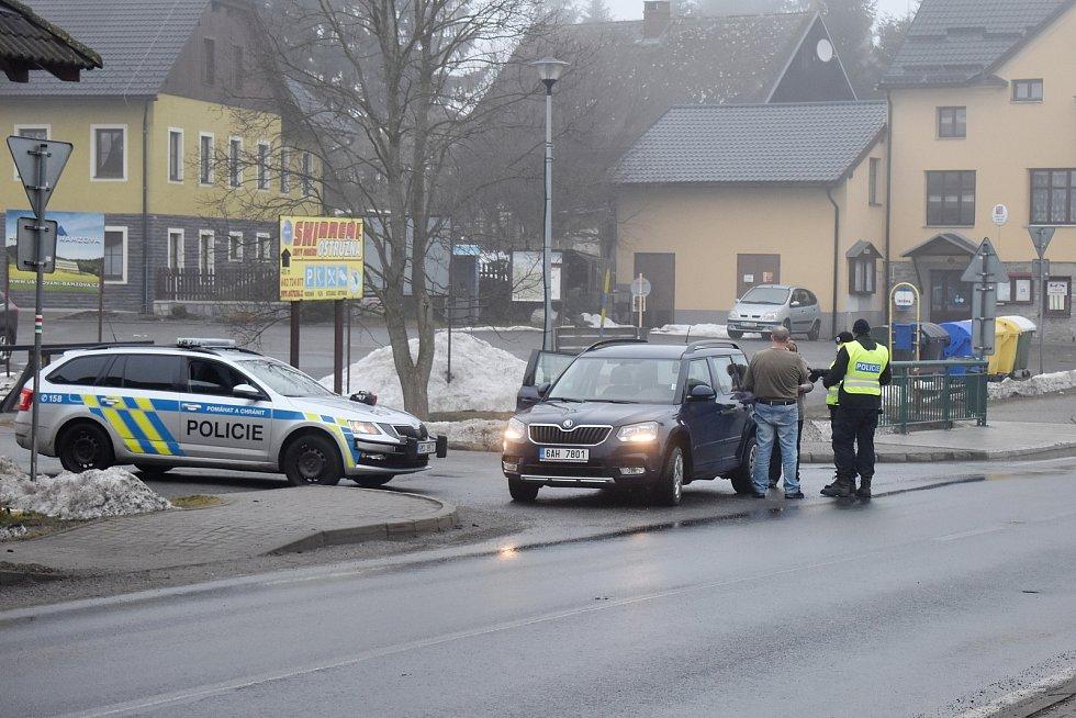 Policejní kontrola v pondělí 1. března ráno v Ostružné.