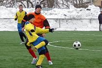Štíty sehrály na šumperské umělce přípravný zápas s Oskavou (oranžové dresy)
