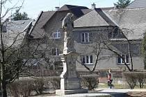 Socha svatého Jana Nepomuckého v Bludově