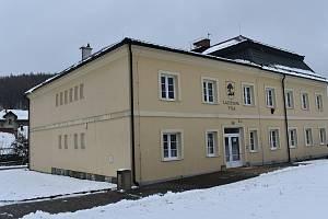 Latzelova vila ve Vápenné