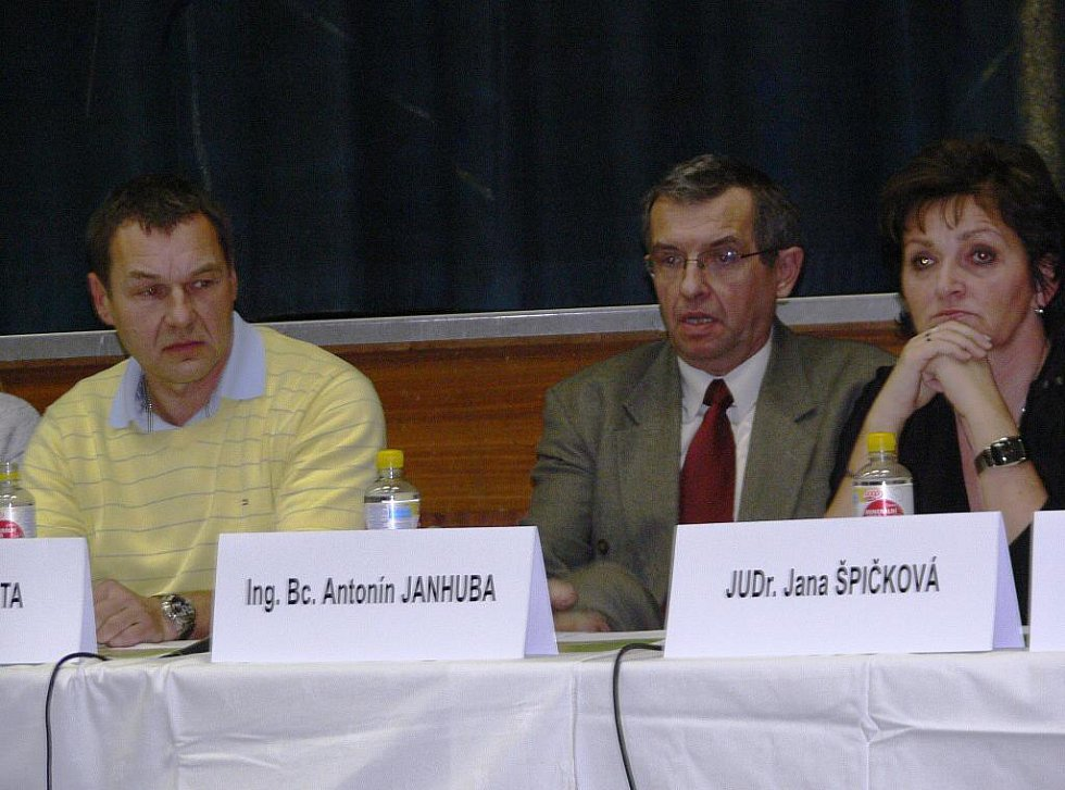 Zastupitelé Zábřehu na svém čtvrtečním zasedání opět nezvolili starostu
