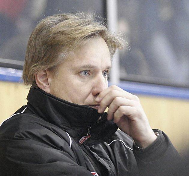 Trenéra Draků Jiří Otoupalík.