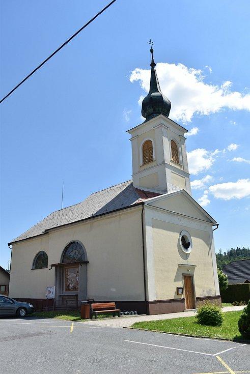 Dolní Studénky - kostel.
