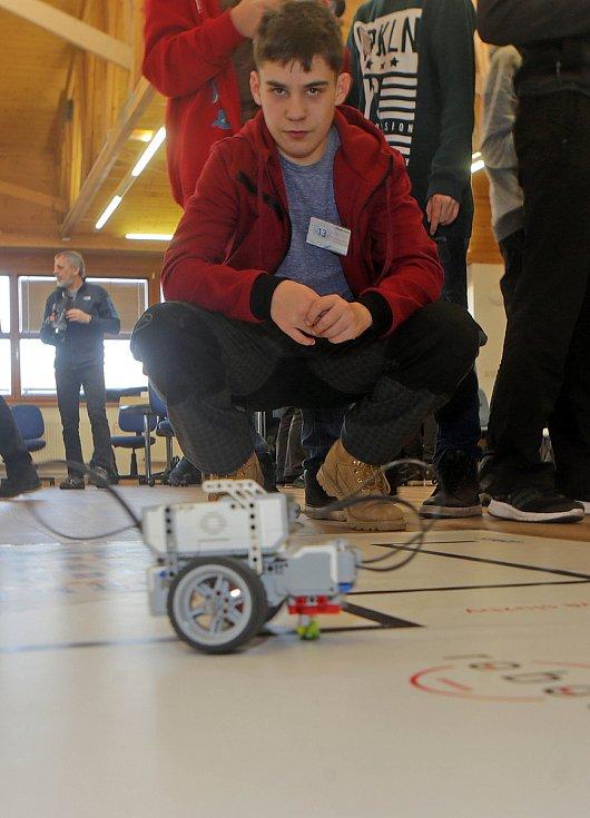 Soutěž robotů na šumperské průmyslovce