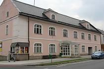 Divadlo Petra Bezruče v Jeseníku před rekonstrukcí.