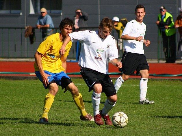 Šumperk versus Kravaře (bílé dresy).