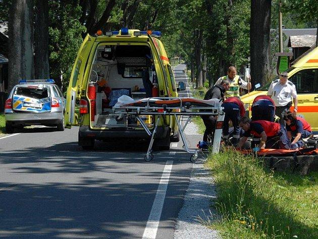 Nehoda na sobotní etapě závodu Czech Cycling Tour na Rejvízu na Jesenicku