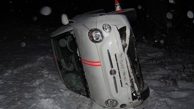 Nehoda fiatu u Libivé - 19. ledna 2021