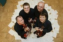Tito pánové z uskupení Gamavilla Quartet hráli na koncertě Vanessy Mae nebo Roda Stewarta. Teď zahrají v Zábřehu.