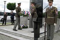 V sobotu 16. července se v Novém Malíně konala vzpomínková akce při přležitosti 73. výročí vypálení obce Český Malín na Volyni, při níž nacisté upálili či ubili 374 Čechů.