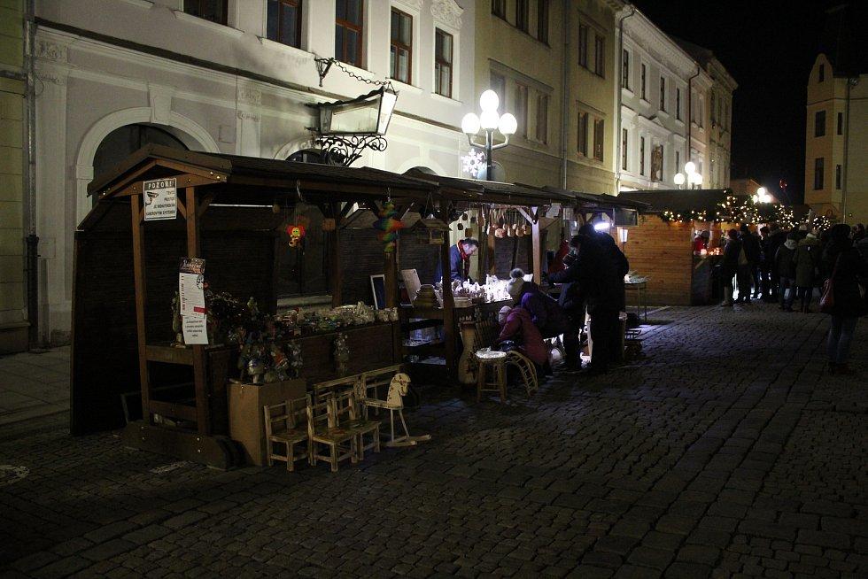 Akce Česko zpívá koledy na náměstí Míru v Šumperku 2019