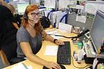 Ivona Novohradská pracuje jako operátorka v call centru ČEZ Distribuce v Zábřehu.