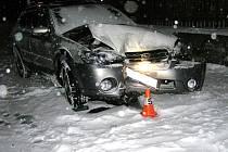 Subaru po nárazu do zděné zídky
