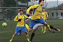 Fotbalisté Šumperku (ve žlutomodré). Ilustrační foto