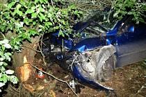 Nehoda opilého mladíka v mazdě u Vikantic