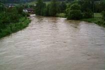 Moravská Sázava v Hněvkově ve čtvrtek 3. června ráno