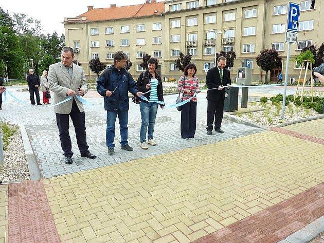 Slavnostní otevření parkoviště na náměstí Republiky