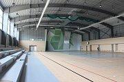Sportovní hala v Jeseníku těsně před dokončením