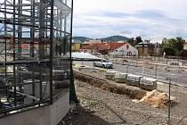 Stavba dopravního terminálu v Šumperku.