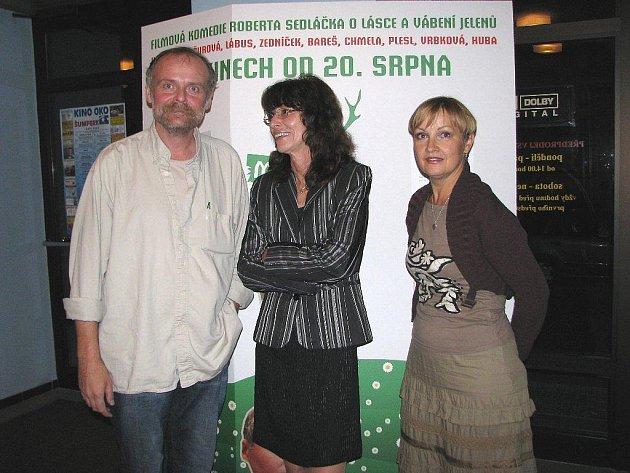 Igor Bareš, ředitelka kina Oko Zdena Holubářová a Olga Kaštická
