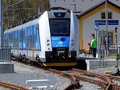 Elektrický vlak RegioPanter v Koutech nad Desnou