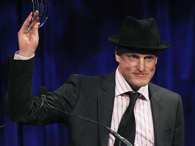 Jesenické kino Pohoda promítá sci-fi film 2012 v hlavní roli s Woody Harrelsonem