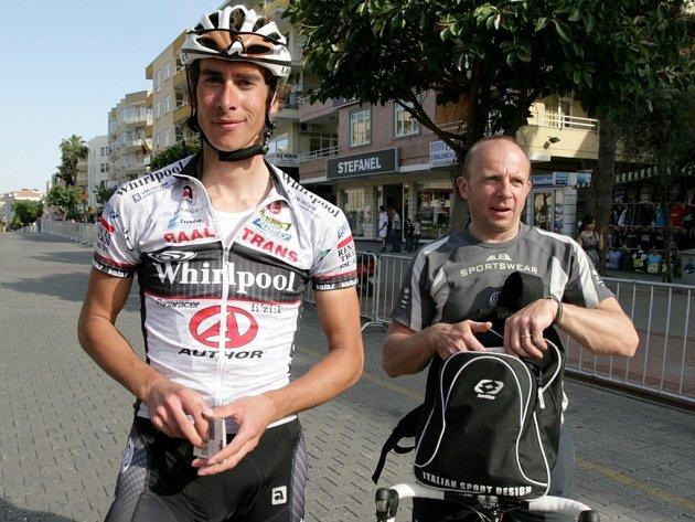 Pavel Zitta v Turecku (vlevo)