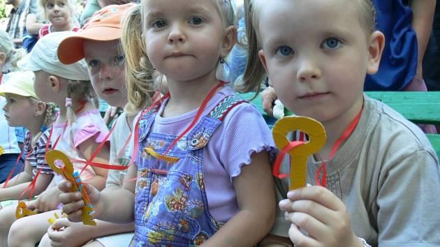 Děti už mají klíč od školky