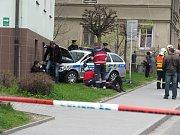 Dopravní nehoda policistů v Šumperku.