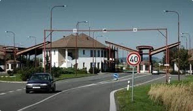 Hraniční přechod v Bílém Potoku u Javorníka.