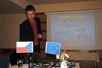Lektor upozorňoval starosty na úskalí podávání žádostí o dotace z Evropské unie.