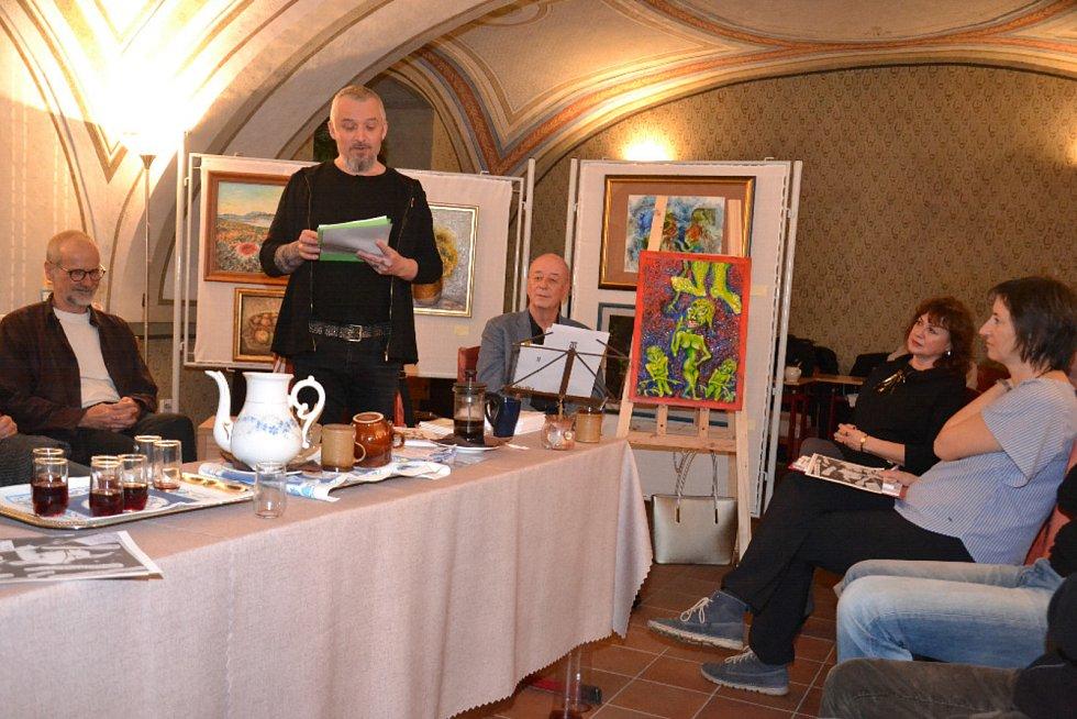 V galerii Lautner v Mohelnici se návštěvníci nenudí.