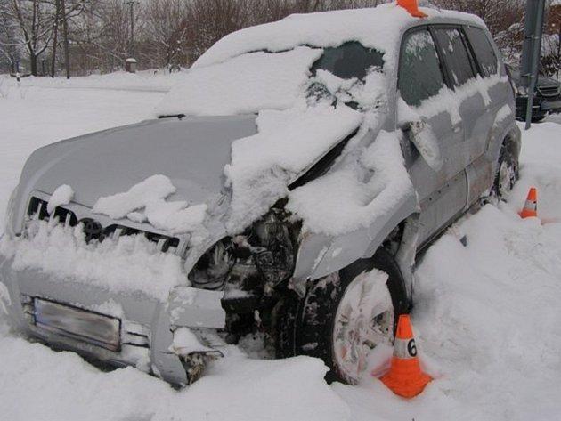 Řidička havarovala ve Velké Kraši.