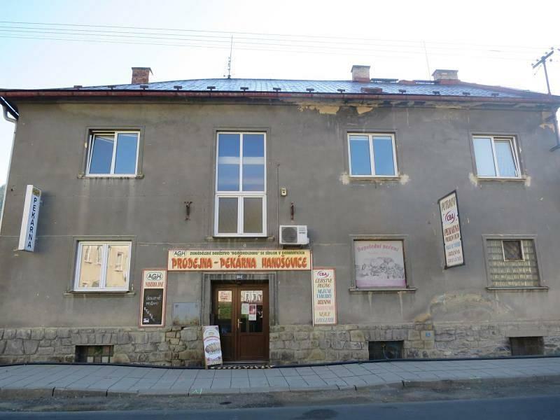 Prostory pekárny v Hanušovicích, jak je zachytili pracovníci České zemědělské a potravinářské inspekce.