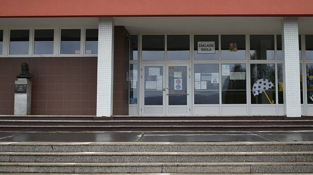 13. října 2020. Poslední školní den před koronavirovou uzávěrou. Základní škola Sluneční v Šumperku.