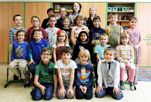 Prvňáčci ze základní školy ve Starém Městě
