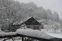 Snímky pořízené během úterý 3. května z Javornicka a z okolí Bernartic-Bukové
