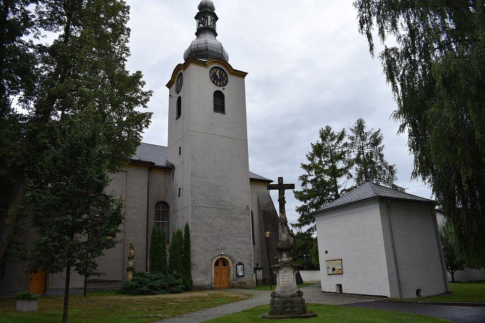 Postřelmov - kostel.