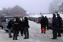 Během soboty oslovili policisté přes tři sta návštěvníků hor, mimo jiné i na Červenohorském sedle