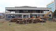 Demolice sportovní haly v Jeseníku 13. března 2017.