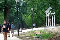 Hlavní práce na revitalizaci parku u Barborky už skončily